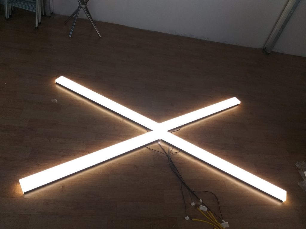 Hình thực tế đèn thả văn phòng 1m2 Kosoom sáng tràn viền 30W 40W 50W trắng - trung tính 2