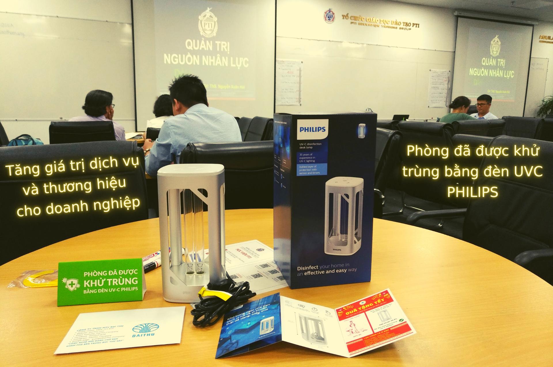 Phòng đã được khử trùng bằng đèn diệt khuẩn UVC Philips - Quà Tết tại trường doanh nhân PTI HCM - Tăng giá trị dịch vụ và thương hiệu cho doanh nghiệp