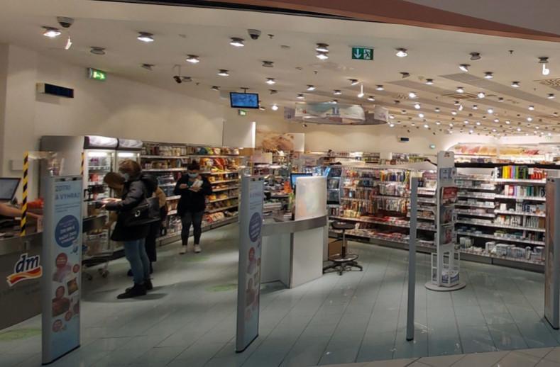 Khử khuẩn Siêu thị & Chuỗi cửa hàng bằng đèn UVC Philips - UVC Disinfection for Market & Retail 5 - DaiThuCom