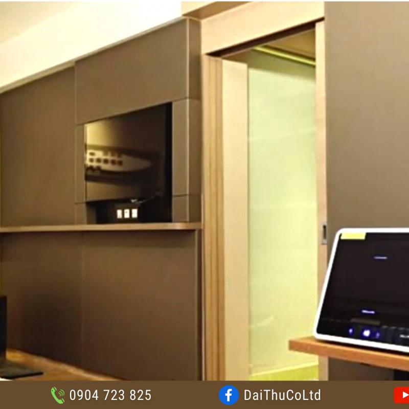 Thiết kế Tủ khử trùng UVC Chamber mini UVCC090 48L 36W sang trọng tinh tế phù hợp mọi không gian văn phòng và gia dụng